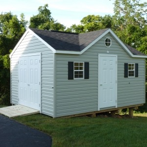 12x16 Chateau With Vinyl Siding